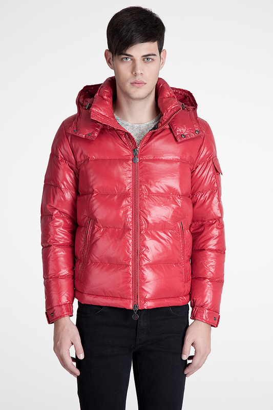Cheap Moncler Jackets For Men Red With Mock Collar MC1118 Sale