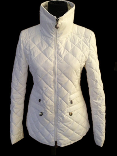 New Cheap Moncler Women Coats White Sale NA1043