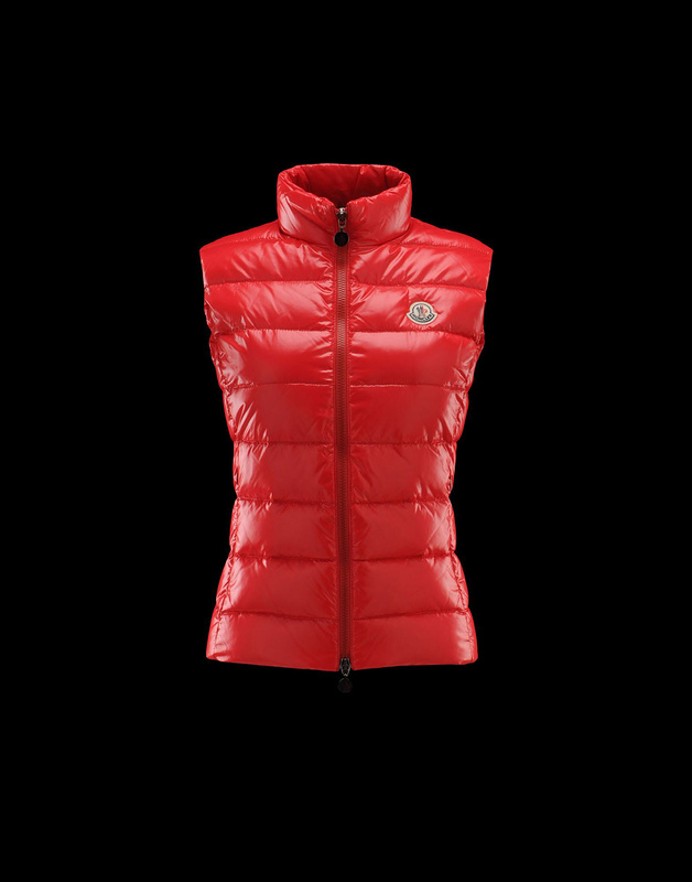Cheap Moncler Vest Women Red With Mock Collar MC1067 Sale