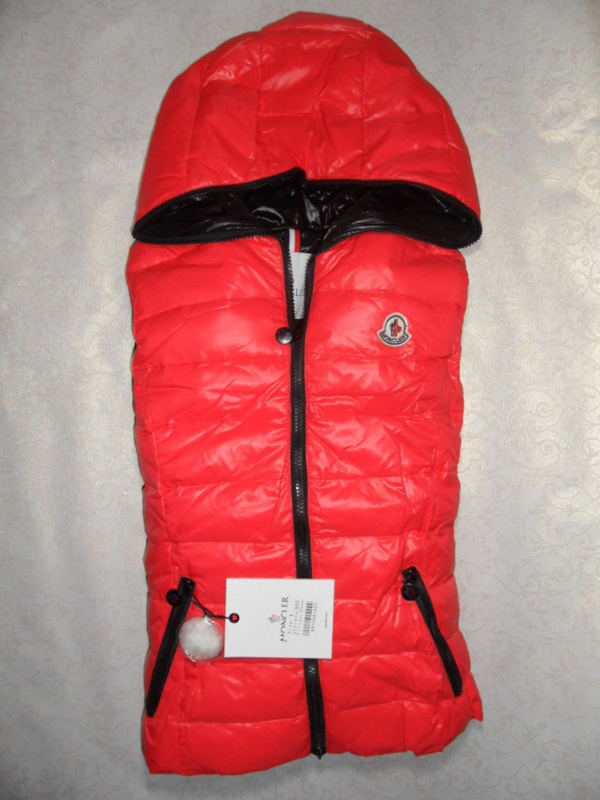 Cheap Moncler Women Down Vest Red MC1456 Sale